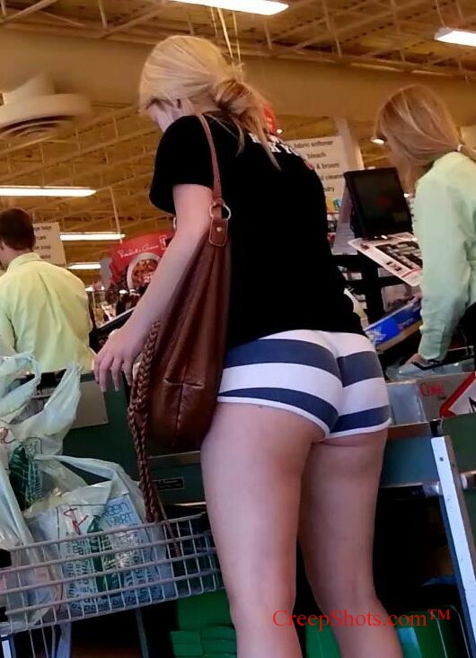 girls booty shopping at the mall