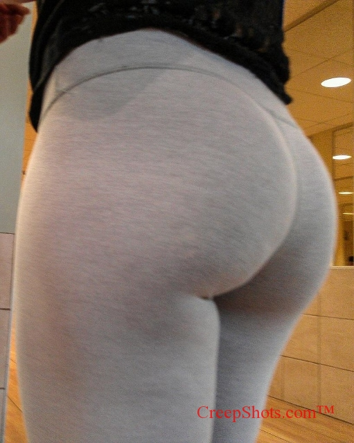 Phat Ass In Tight Jeans 50