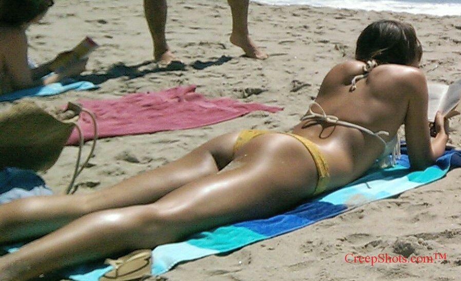 Laguna Beach legs and ass tanning