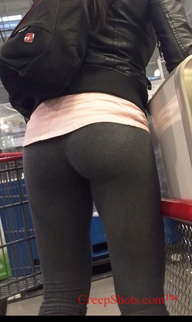 Shopping Ass 24